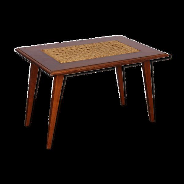 Table basse datant des années 1960 est dessiné par le couple de designers français Adrien Audo