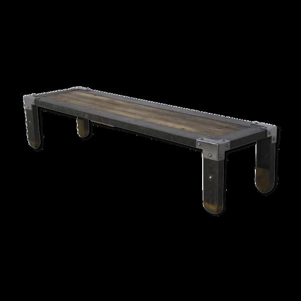 Table basse en fer industriel