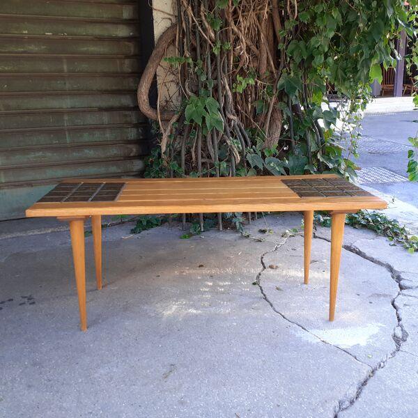 Table basse en pin à motif de carreaux en trompe l'oeil