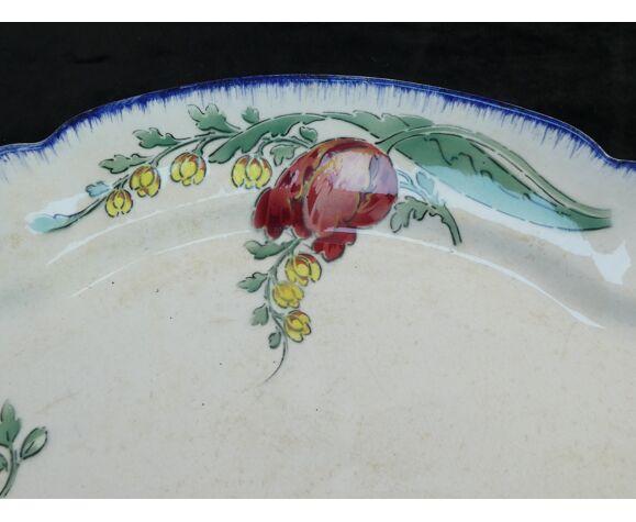 Plat ovale en faience motif floral Emile Bourgeois Paris
