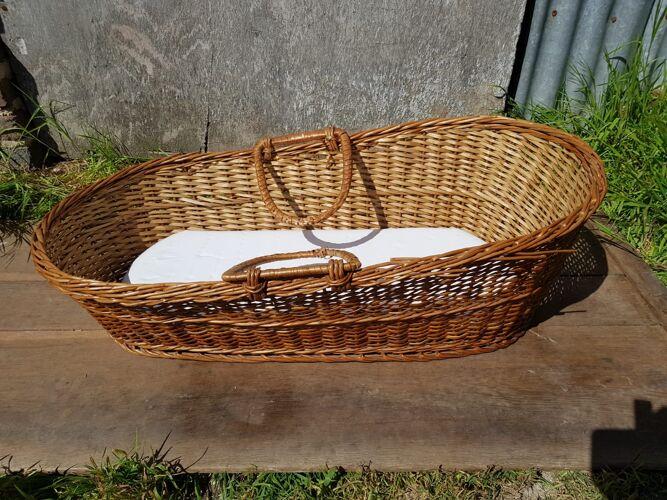 Couffin lit bébé osier tressé avec anses avec matelas vintage