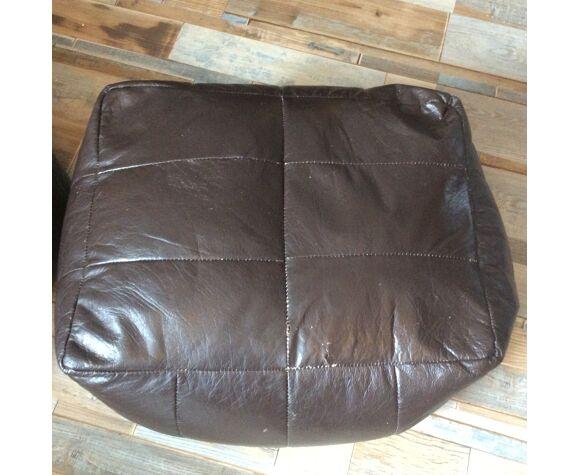 Canapé avec chauffeuse et ses 2 poufs, ensemble des années 70