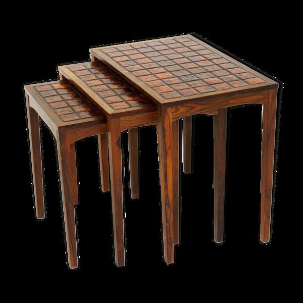 Tables gigognes en palissandre et céramique, Suède, 1960