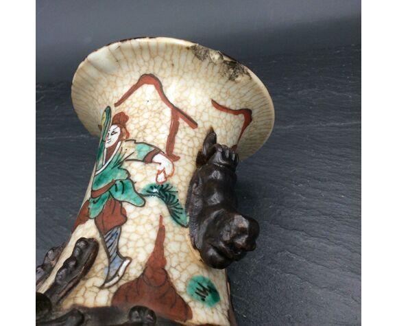 Vase en porcelaine de Chine région de nankin fin XIXe début 1900 signé