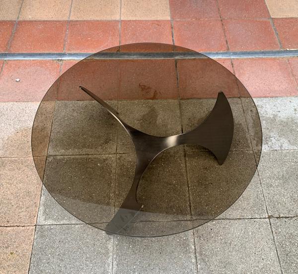 Table basse « Propeller » par Knut Hesterberg