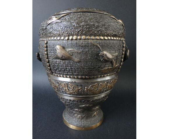Ancien vase japon bronze 30cm oiseaux grues archaique style XIX