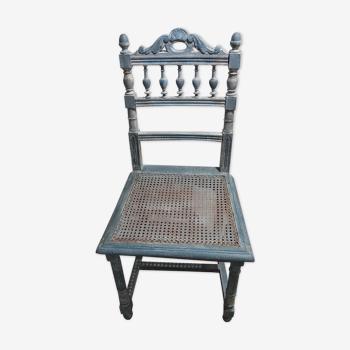 Chaise patinée stylée
