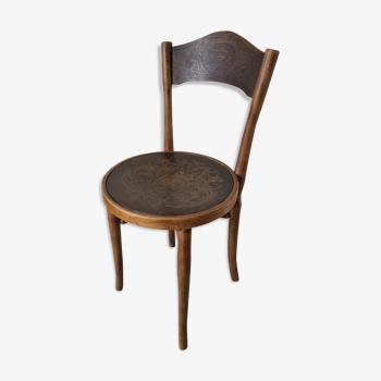 Chaise de bistrot en bois courbé gravé
