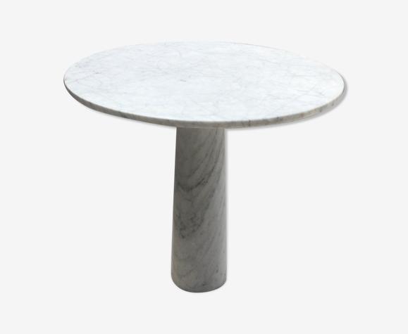 Table a manger en marbre blanc de Carrare