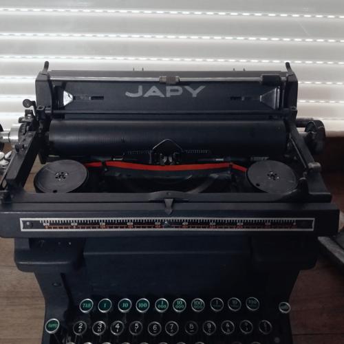 Typewriter Japy 30s