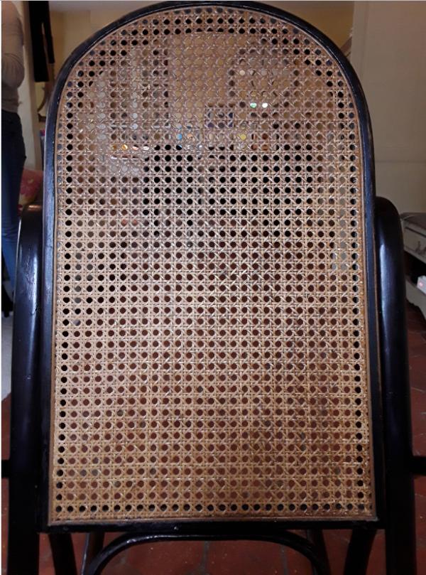 Rocking-chair canné vintage
