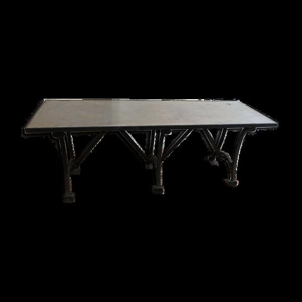 Table pied fonte et plateau en zinc