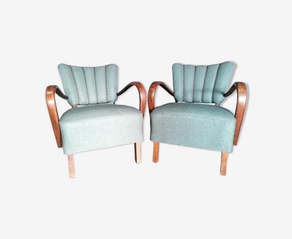 """Pair of """"cocktail"""" armchairs Halabala, 1950"""