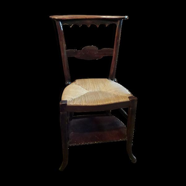 Chaise d'eglise prie dieu