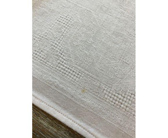 Set de 12 serviettes de tables brodées monogrammes « P.D»