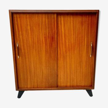 Cabinet par Beaver & Tapley