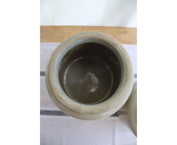 Lot of 2 pots
