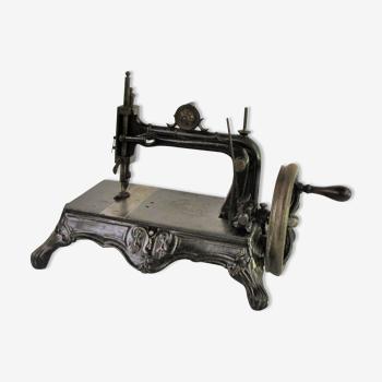 Machine à coudre XIX eme