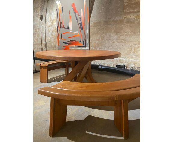 Table T21d dit 'sfax' et bancs S38A de Pierre Chapo