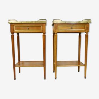 Paire de table de chevets de style Louis XVI