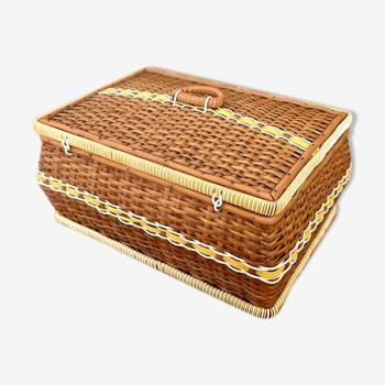 Boîte à couture en bois et scoubidous