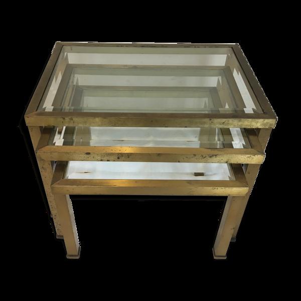 Tables gigognes en verre et laiton