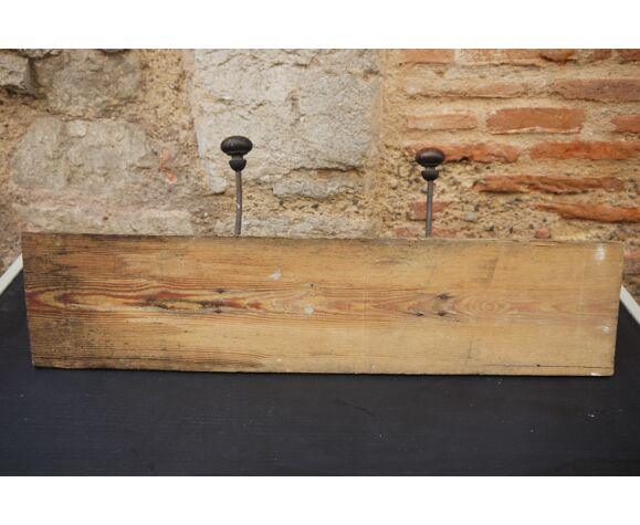 Porte-manteau en bois rustique