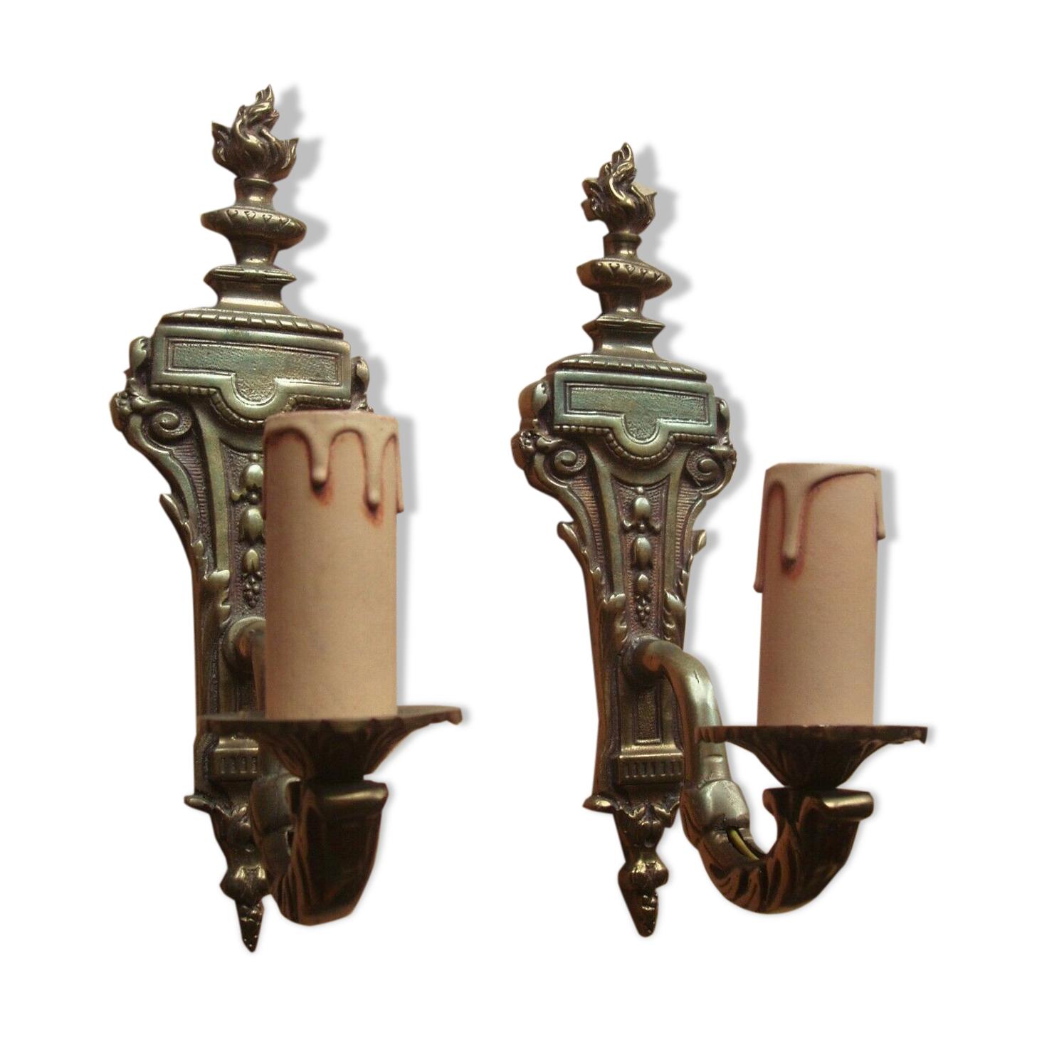 Paire d'appliques en bronze de style Empire Etat de marche