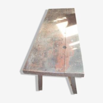 Table vintage solide avec dessus épais
