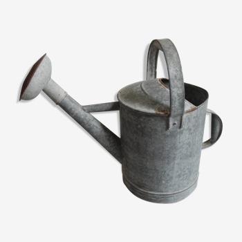 Ancien arrosoir zinc