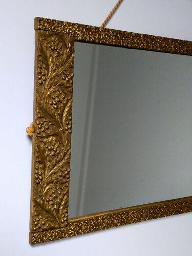 Miroir art-déco or au décor végétal 52x31cm