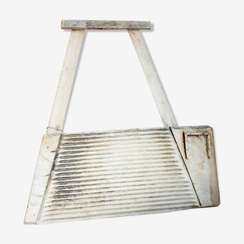 Planche à laver en bois antique