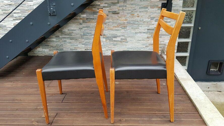 Chaises vintage en skaï