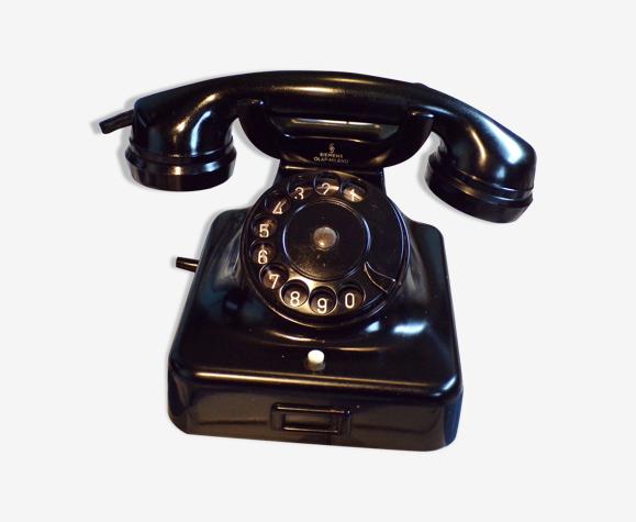 Ancien téléphone Siemens W38 en bakélite