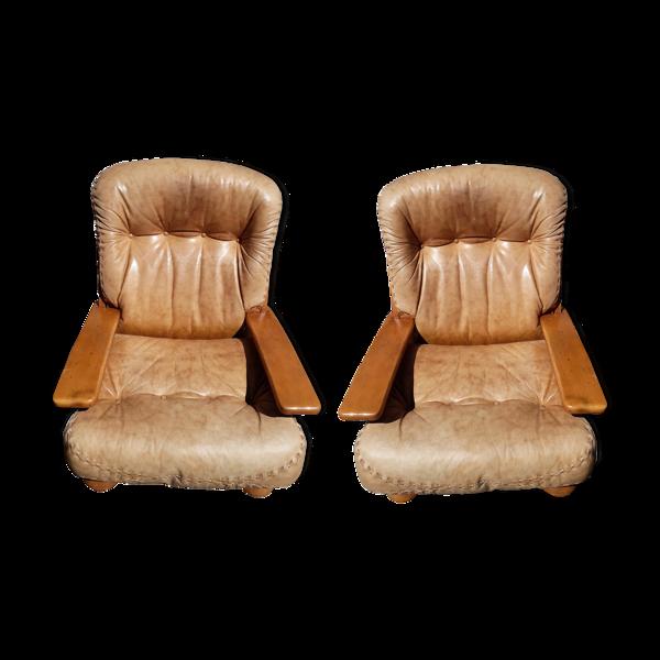 Deux fauteuils cuirs, années 70