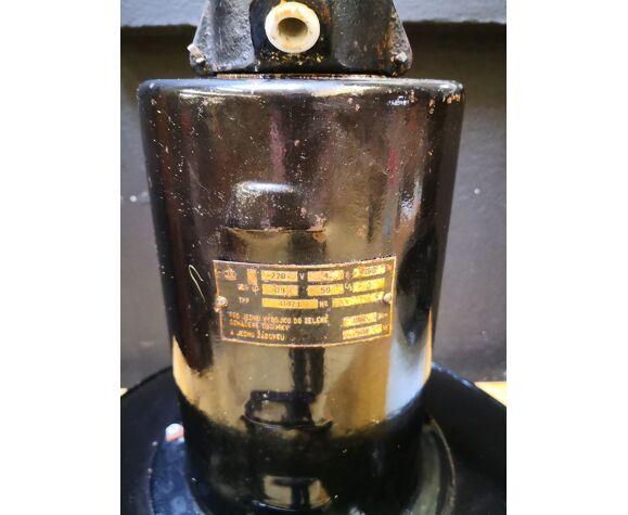 Set de 3 anciennes suspensions industrielles en tôle et verre, années 50