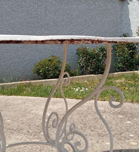 Salon de jardin en fer forgé