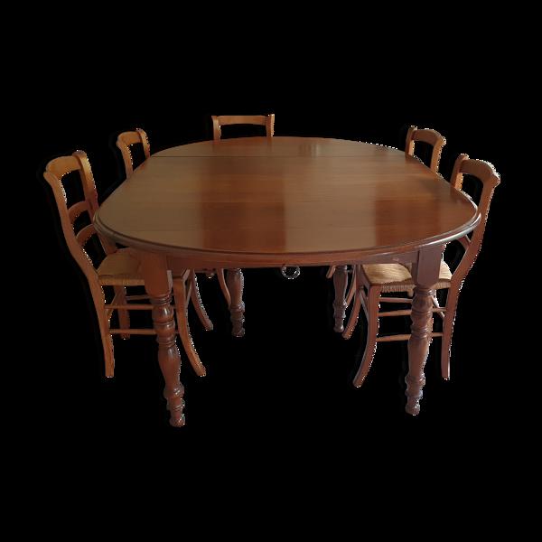 Table et ses chaises