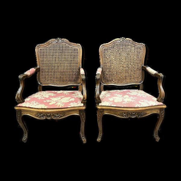 Paire de fauteuils Louis XV Provençal en noyer massif