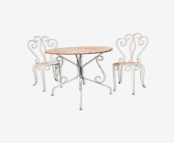 Salon de jardin blanc en fer forgé 2 chaises de jardin +  1 table