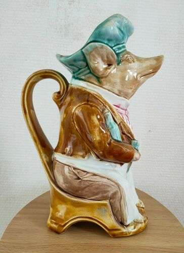 Pichet barbotine cochon onnaing fin XIXème début xxème