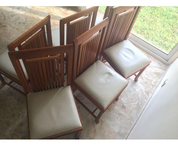Table avec 6 chaises Cassina
