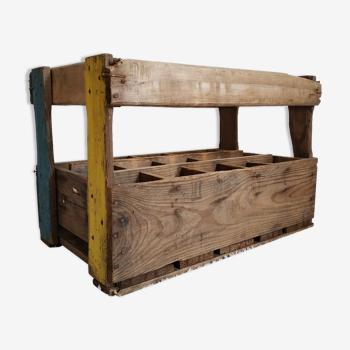 Casier- porte bouteilles ancien en bois sérigraphié