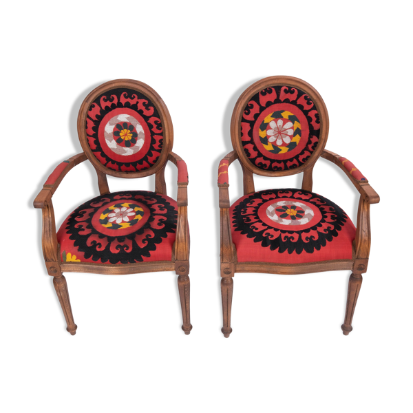 Set of two suzani armchair