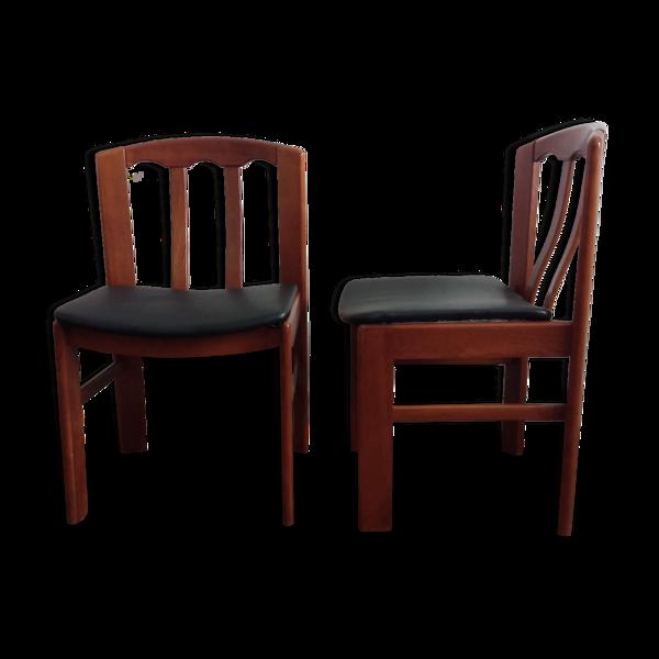 Paire de chaises en orme massif et cuir années 70
