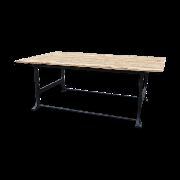 Selency Table industrielle en fonte et plateau en bois