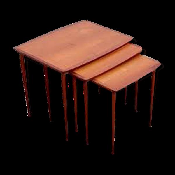 Table gigognes scandinaves