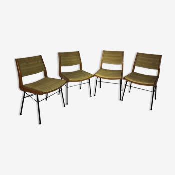 Suite de 4 chaises en skaï et métal