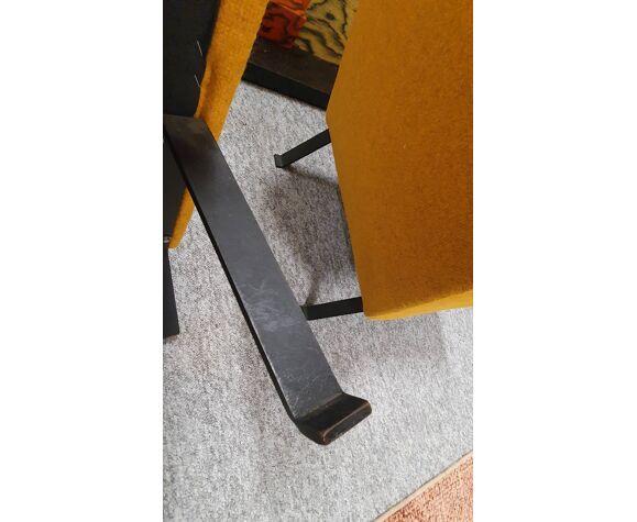 Paire de fauteuils modèle 740 design Motte édition Steiner
