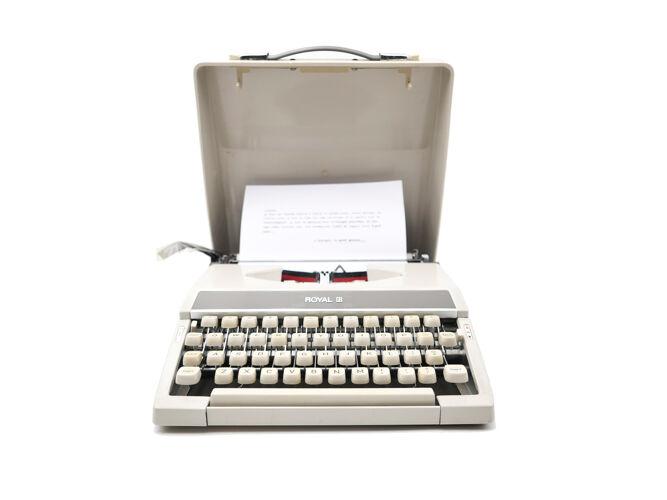 Machine à écrire Royal Mercury grise révisée ruban neuf Qwerty anglais